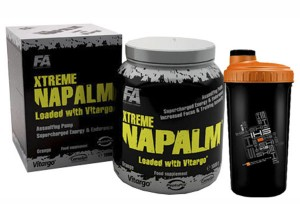 FITNESS AUTHORITY - Xtreme Napalm® loaded with Vitargo® + Shaker 700 ml - 1000 g + 1 szt.